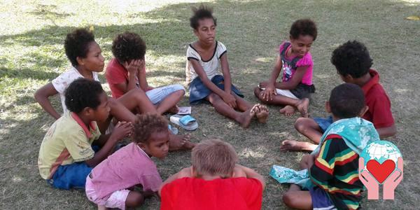 Bambini poveri: Papua Nuova Guinea