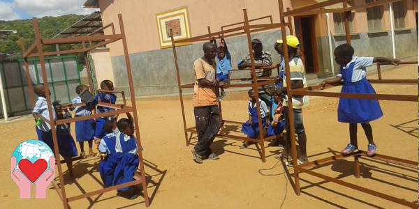 bambini poveri in Malawi