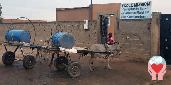 Siccità in Africa costruire un pozzo contro emergenza acqua
