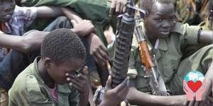 Bambini soldato nei paesi poveri