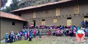 Bambini poveri del Perù