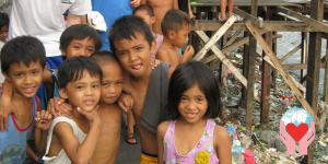 bambini poveri Filippine